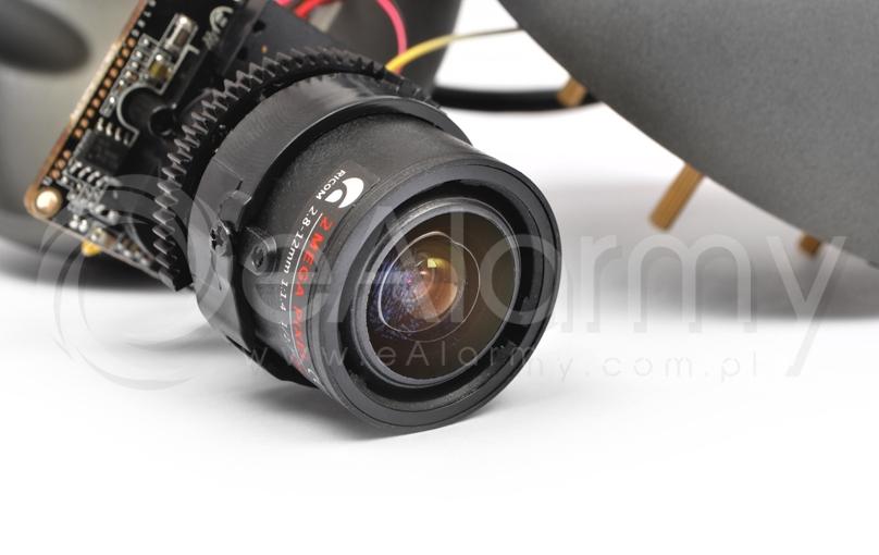 Obiektyw regulowany 2.8-12 mm o klasie 2.0 Mpx - kamery 4-systemowe EVERMAX